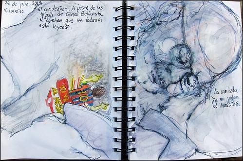 Valparaiso. El cumpleaños.  A pesar de los tejados de Cerro Bellavista, el hombre que lee todavía esta leyendo. 26 de julio, 2014. La camiseta: yo vi jugar al Messias.