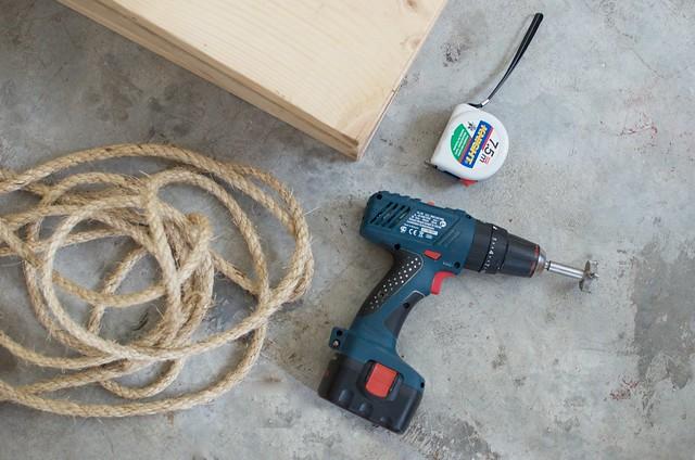 Hanging Rope shelves www.apairandasparediy.com