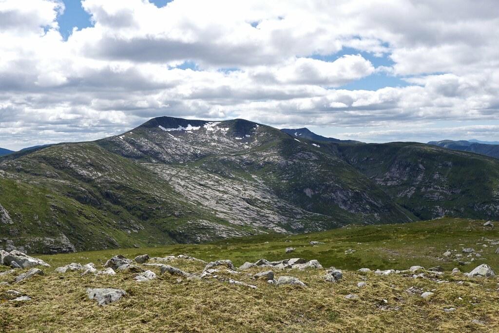 Stob Coir'an Albannaich from Meall Odhar