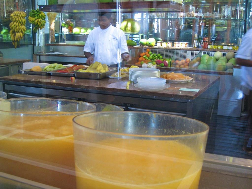 Juices: Melons Papaya Pineapple Bananas Nuts