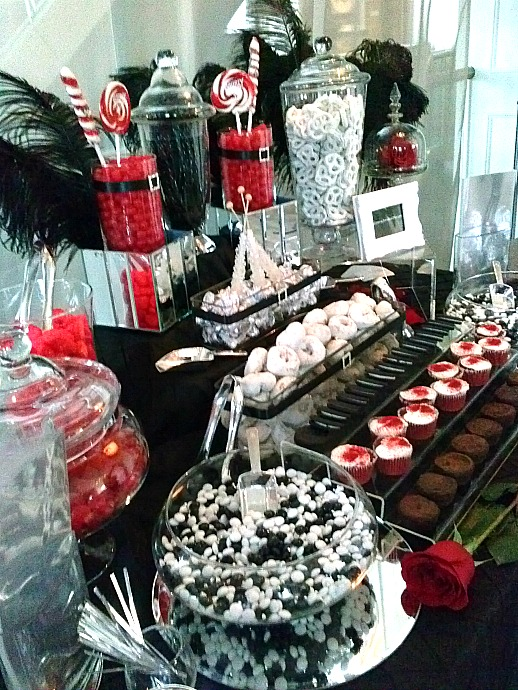 bachelorette-party-candy-table
