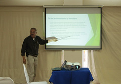 Presentng research results at the Nicaragua livestock planning meeting