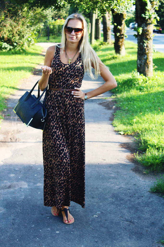 leopard-print-dress-sunglasses