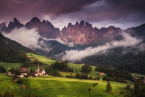 mountain alps church rain st fog clouds evening mood view val di alpen peaks range magdalena dolomites dolomiten funes geislergruppe villnoess villnös