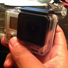 For the first time ever, I have my hands on one of these cuz of work! #gopro #hero3+ #mochibytestv #ecc #soconfusing #gottabuyalltheseaccessories