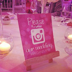 First thing that caught my eye in the wedding is an Instagram request. Don't mind if I do! My wedding going experience has been much better post Social Media #raedandlama #weddings #wedding #popculture #mabrouk