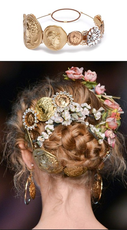 dolce_and_gabbana_hair_accessories_gold_coin_02-vert