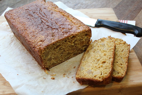 Wholemeal & Yoghurt Caramelized Apple Loaf