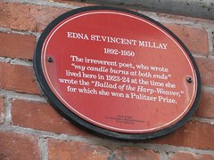 Photo of Edna St. Vincent Millay red plaque