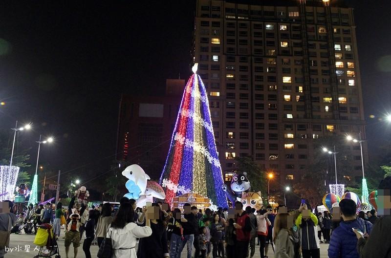 31589686745 1772a0e9f1 b - 2016台中耶誕YA!耶誕嘉年華,市政廣場耶誕節系列活動,讓你白天與夜景一次看個夠