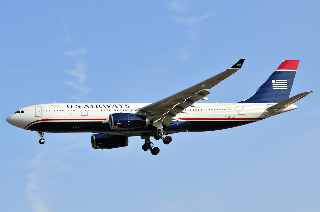 N293AY - A332 - American Airlines