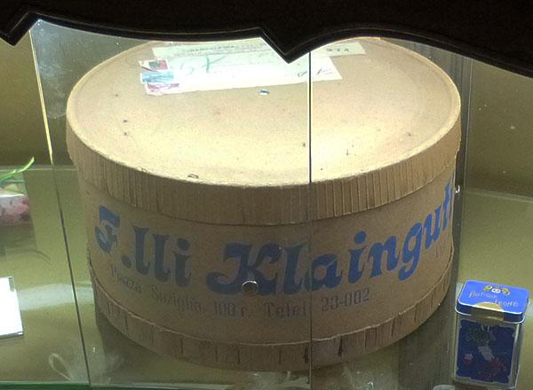 F. ILLy Klainguti