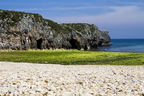 Playa Cuevas de Mar, Asturias