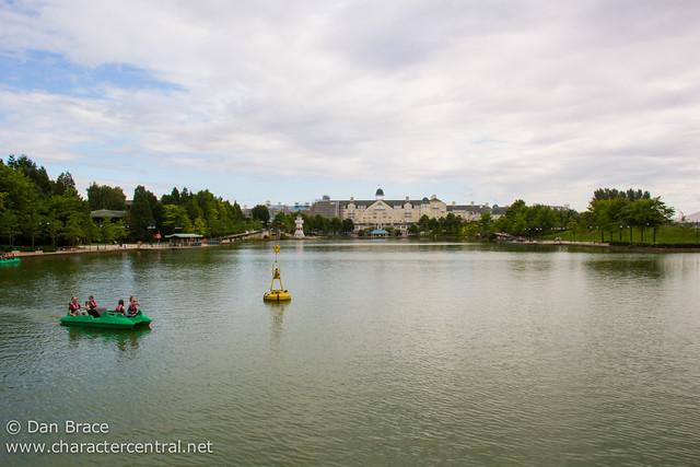 Lake Disney