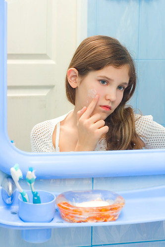 Dr. Joel Schlessinger discusses when to take your child to the dermatologist