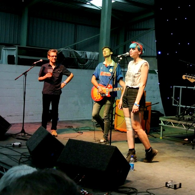 Dean Wareham with Joanna Gruesome at Indietracks