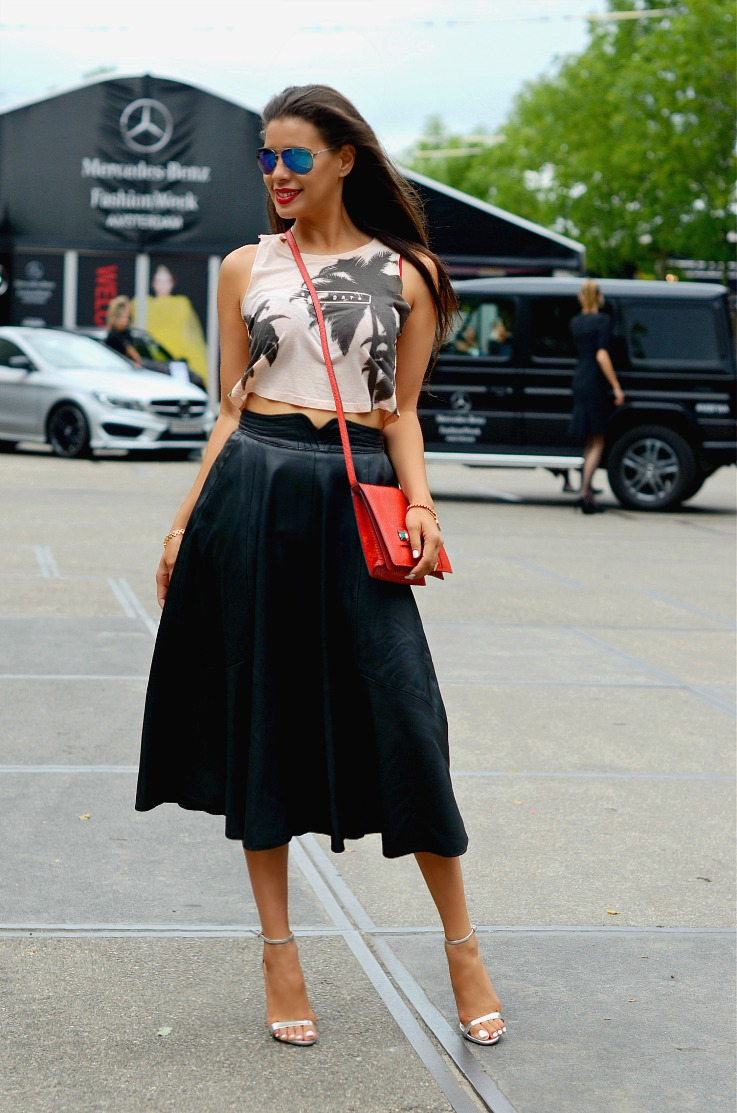 DSC_9581 leather Full skirt, Bershka top, Supertrash bag, Zara metallic heels, Fashion Week Amsterdam 2014 (7)