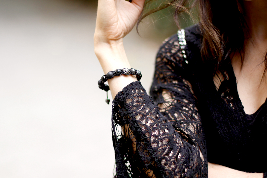 Twelve Thirteen bracelet black stones accessoire fashion blogger berlin Ricarda Schernus CATS & DOGS 3