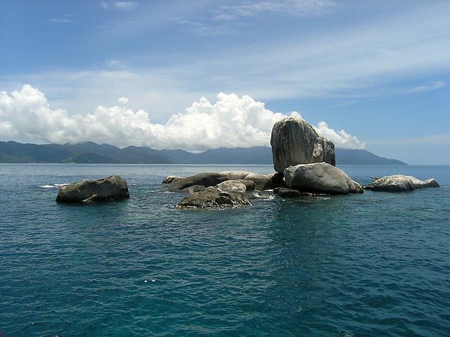 "<img src=""scuba-diving-tioman-island-malaysia.jpg"" alt=""Scuba diving,Tioman Island, Malaysia"" />"