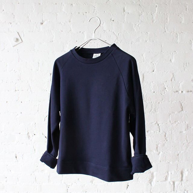 base range basic sweat navy