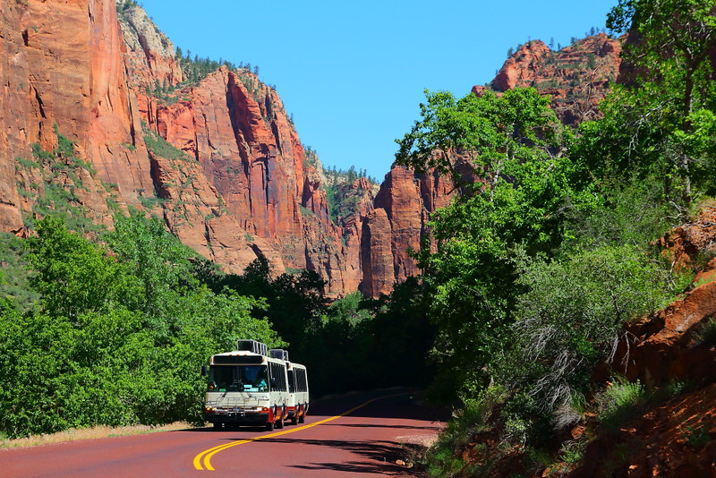 IMG_2059 Shuttle Bus at Big Bend, Zion National Park