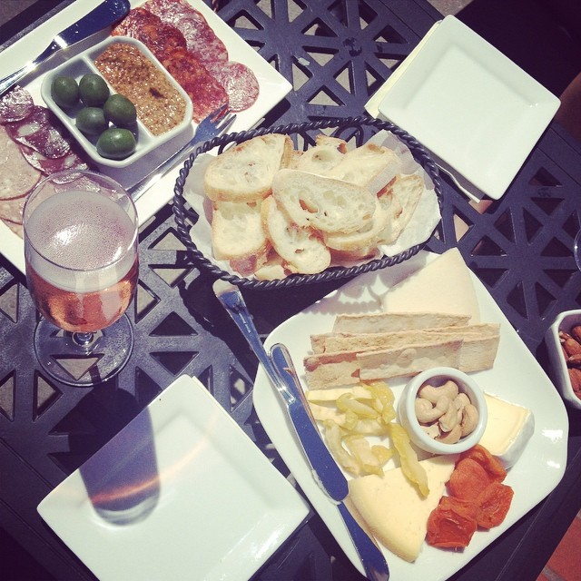 Delicious afternoon with @homesweetsarah