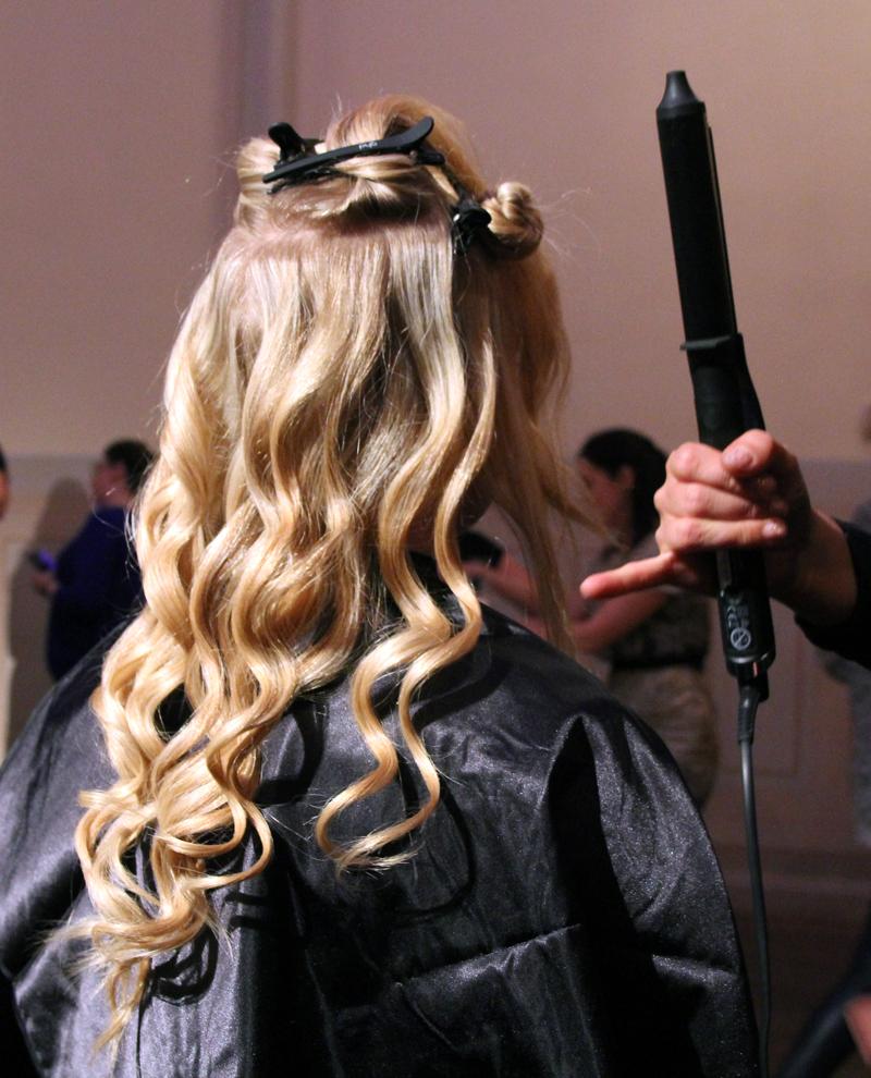 locktång långt hår