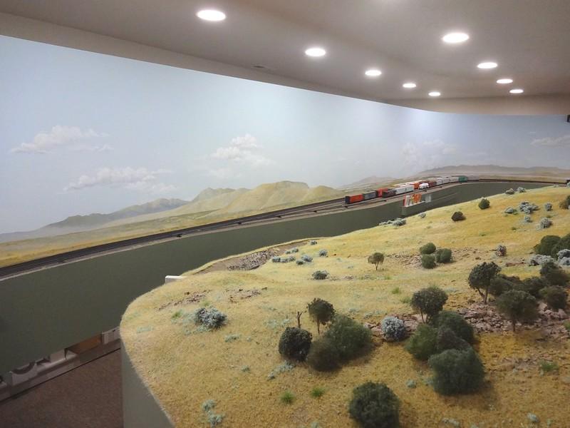 Backdrops painted vs printed model railroad hobbyist - Model railroad backdrops ...