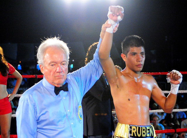 Ruben Garcia Edges Gallo at Del Mar Fairgrounds