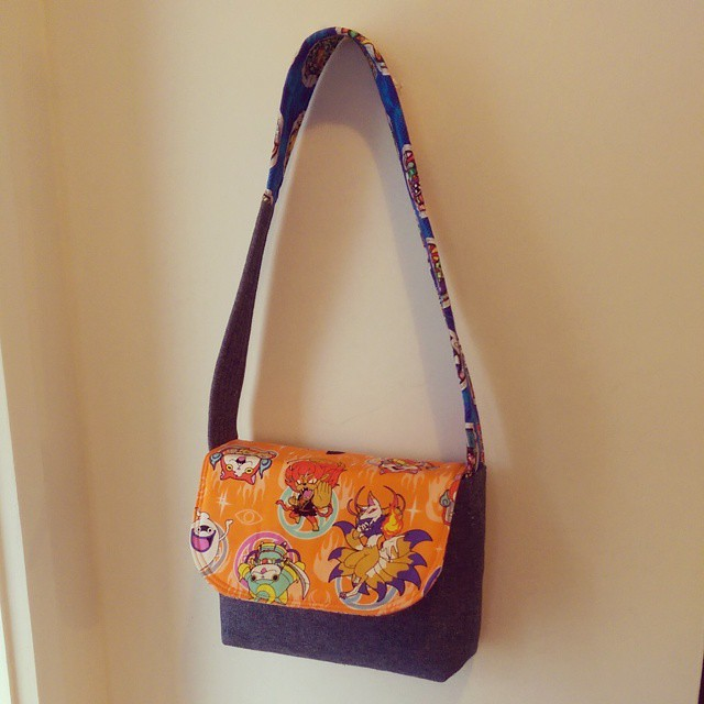Quickest little messenger bag! #zaaberry #bestaunty #thisiscomingtotokyo