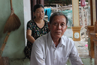Hong Thuy Long and his daughter