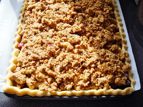Harvest Pear Streusel Slab Pie