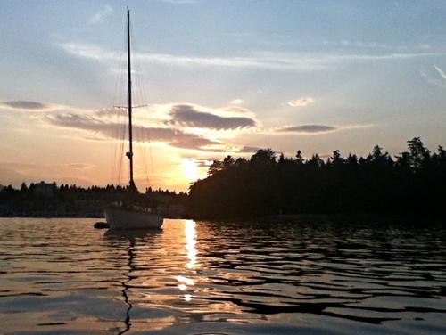 sunset sea sailing bc nanaimo