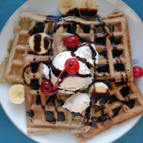 Waffle Wednesday - Banana Split Waffle Sundaes (0002)