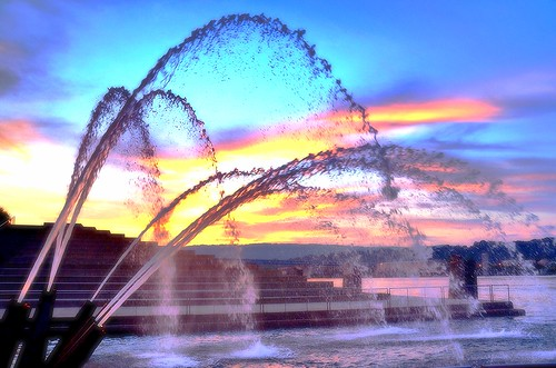 red sky orange reflection chattanooga clouds dark aquarium flickr tn tennessee horizon gray bluewater fountains tennesseeriver artdistrict waterjets northshoredistrict