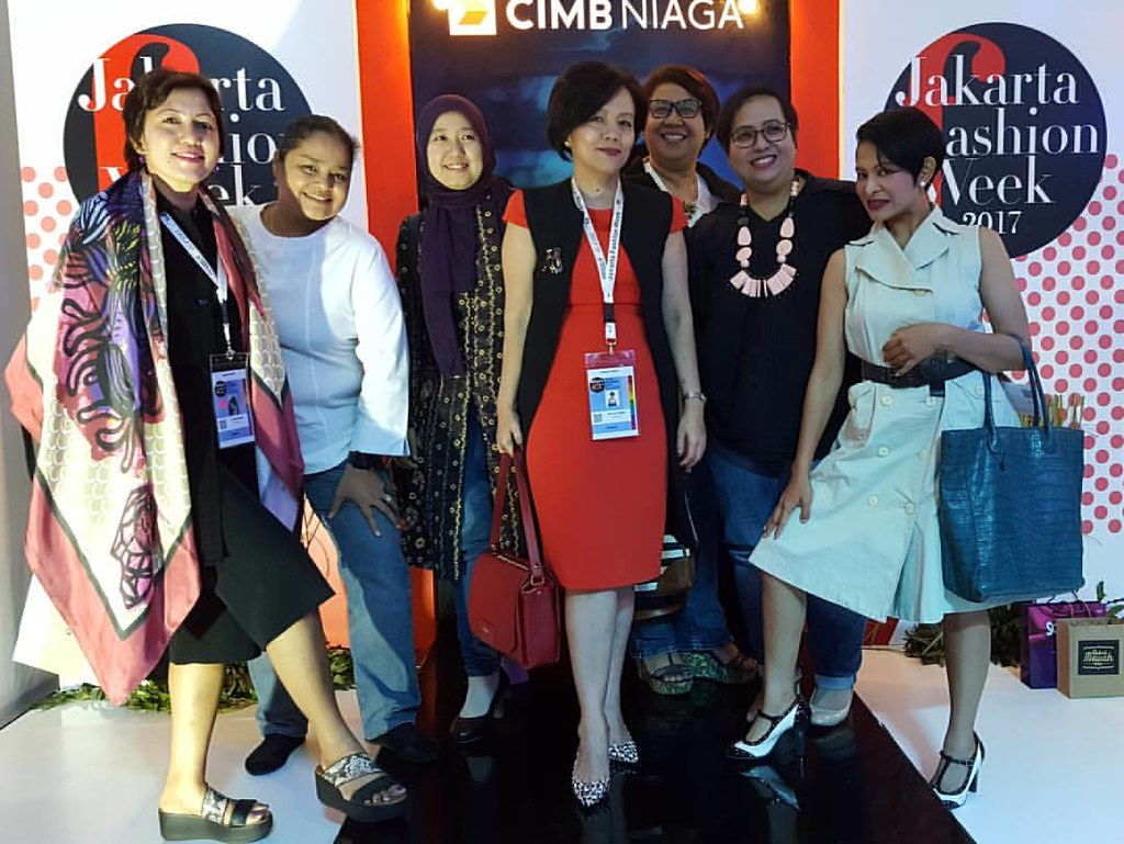 Astrid amalias most recent flickr photos picssr at the jakarta fashion week 2017 jfwofficial with petty fatimah petz09 chief editor stopboris Gallery