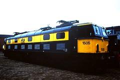 Class 77; EM2
