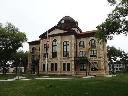 chfstew texas txcoloradocounty courthouse americanflag nationalregisterofhistoricplaces nrhpsouth