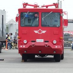 かわいい顔。消防車。