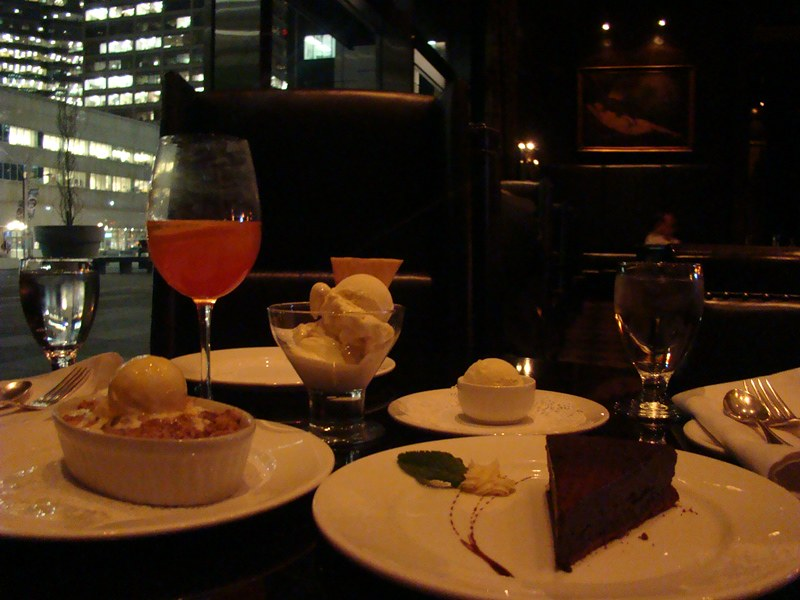 Hy's Steakhouse desserts