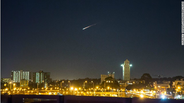 Fireball as Russian Space Junk 'Belly Flops' to Earth Above Australia