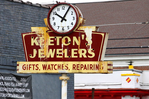 Keeton's Jewelers neon & clock sign - Knoxville, TN