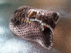 animal(0.0), footwear(0.0), snake(0.0), boa constrictor(0.0), reptile(0.0), gecko(0.0), rattlesnake(0.0), scaled reptile(0.0), bling-bling(0.0), art(1.0), crochet(1.0),