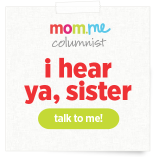 moms_badges_hearyasister_v01_ac