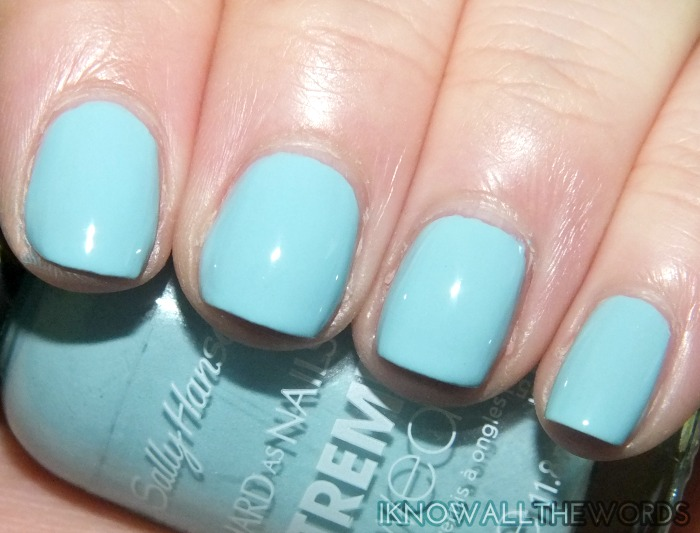 sally hansen xtreme wear sea bloom collection- wet suit (6)