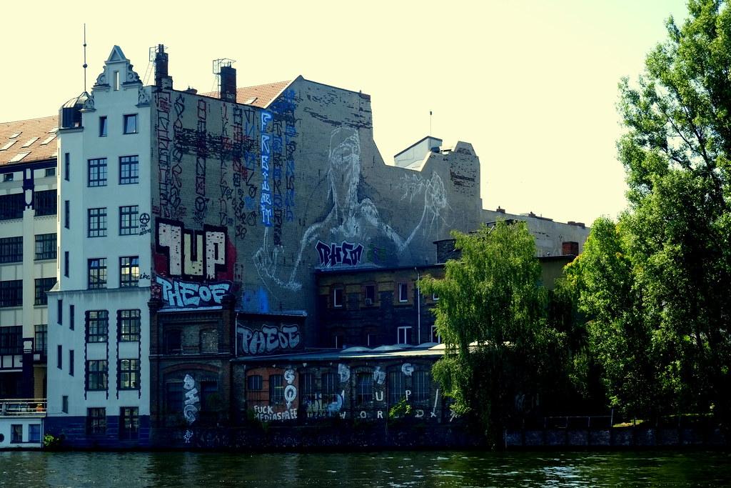 streetart | alaniz . berlin kidz . 1up | berlin