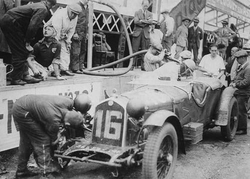 Forum des Alfa Romeo Classiques et Vintages de France 14742507878_b3690f1981