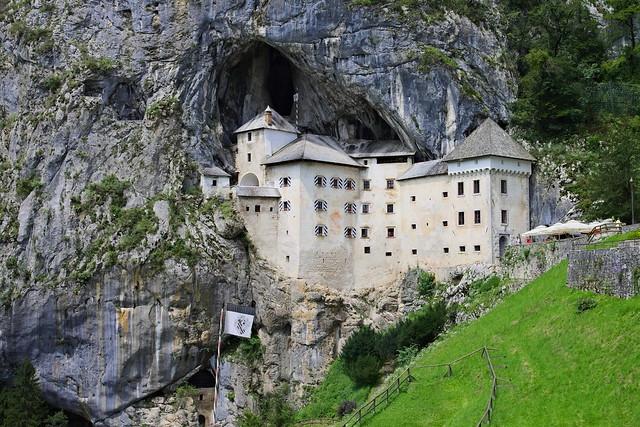 Slovénie - Château de Predjama