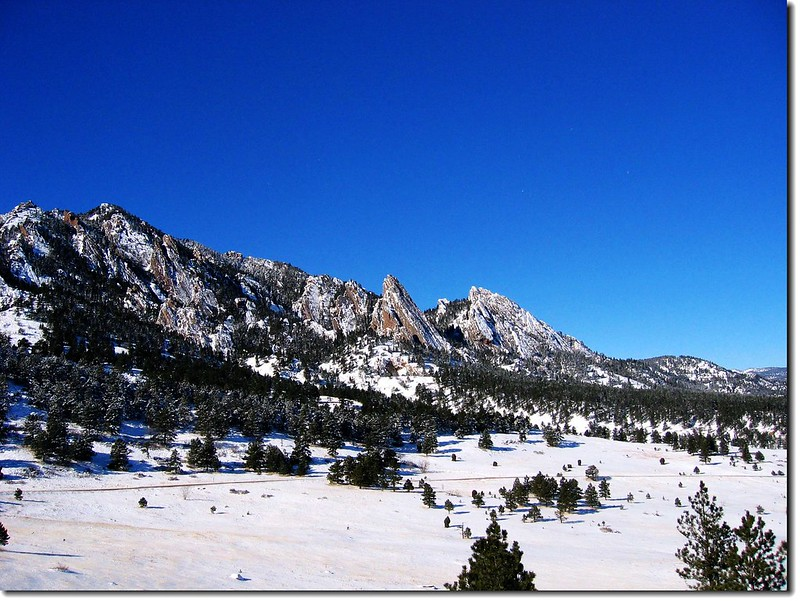 Flatirons after snow(from N.C.A.R.)4