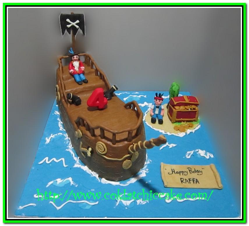 Kue ulang tahun bajak laut